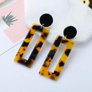 STATEMENT ACRYLIC SQUARE HOOP RESIN DROP EARRINGS